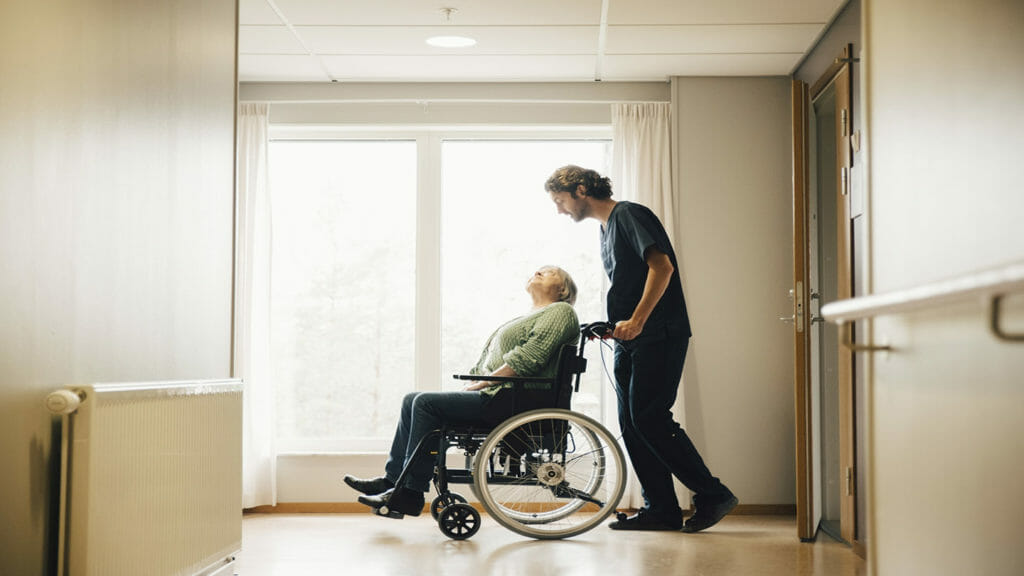 Better staffing means better care, new nursing home state rankings suggest